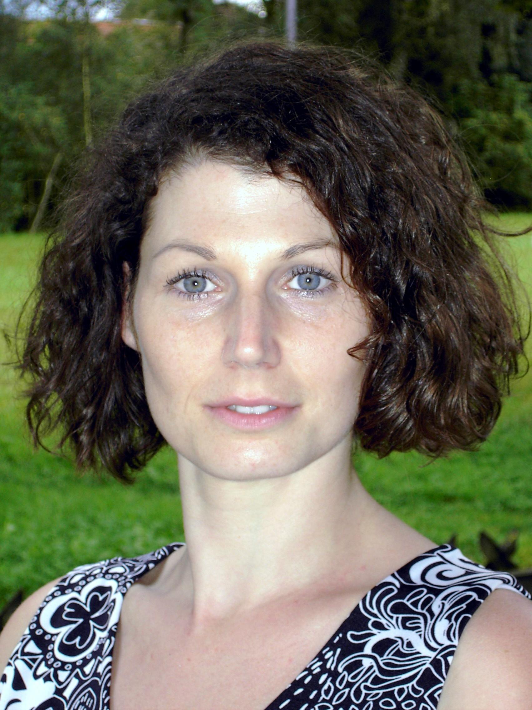 Susanne Höfinger, Dipl. P-P-T Therapeutin & Trainerin